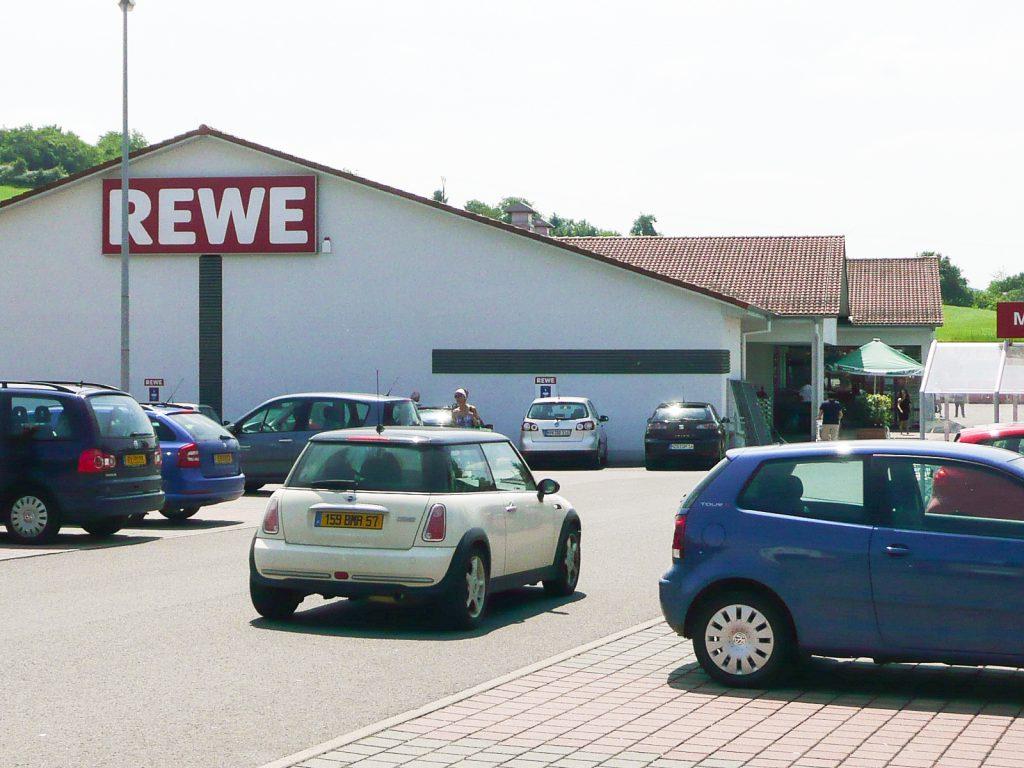 Rewe-Markt im Saarland, Verkauf 2011 an ausländischen Fonds