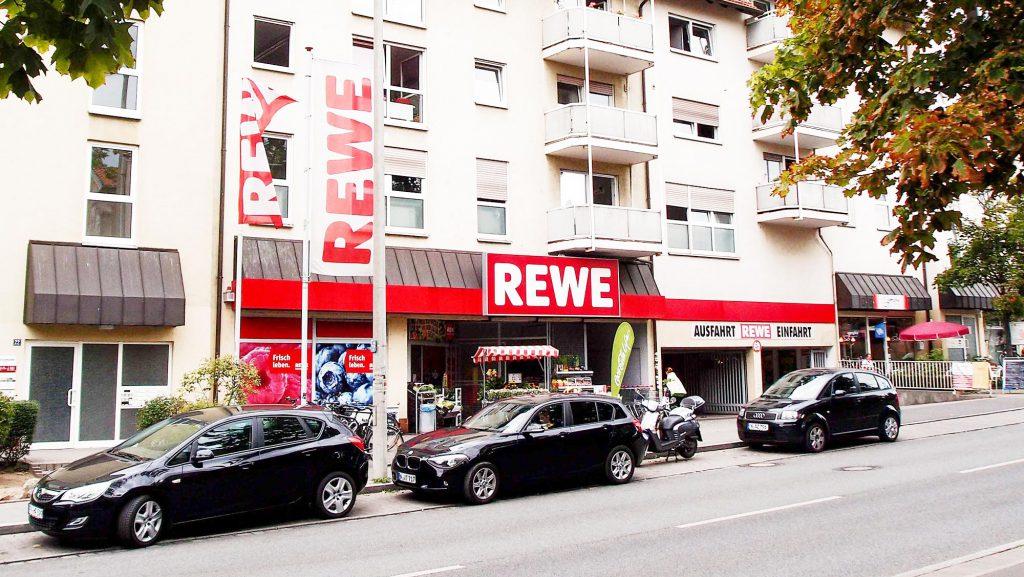 Innerstädtischer Rewe-Markt / Teileigentum in Bayern, Verkauf an Privatanleger, 2015