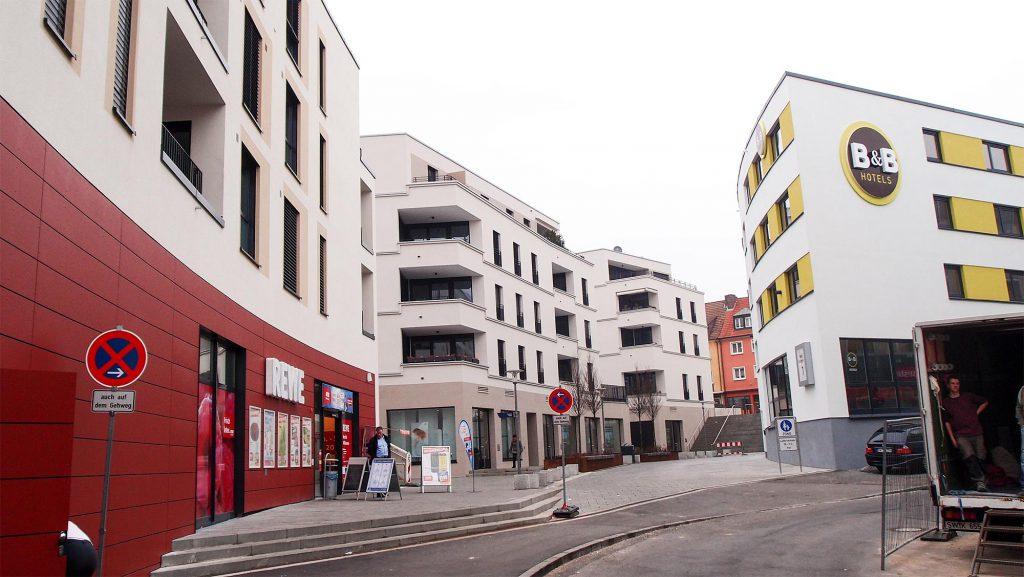 innerstädtischer Rewe-Markt in Bayern, Verkauf 2015 von Privatperson an ausländischen Investor
